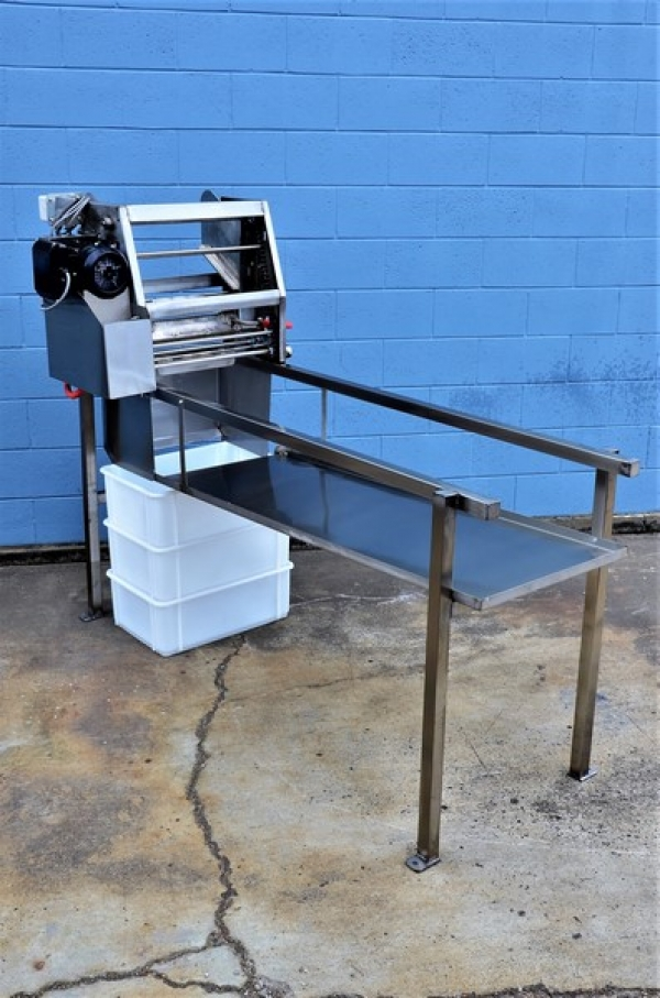 Uncapper Stand with Drip Tray